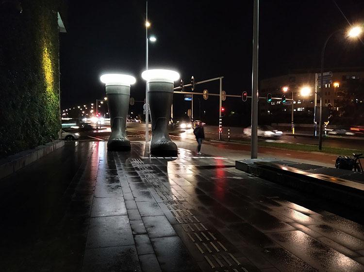 Foto Jan Nabuurs (Fotoclub Océ)-Stoep Stadskantoor